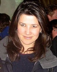 American actress Daphne Zuniga and her past mercury poisoning due to over-consumption of fish!
