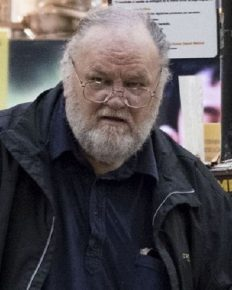 Thomas Markle talks on how his daughter told him about her new boyfriend Prince Harry!