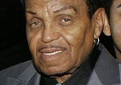 The grand old patriarch of Jackson family, Joe Jackson is on his death bed and family members cannot see him