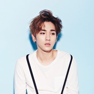 Who is key shinee dating