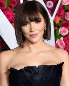 """Katharine McPhee reveals her engagement ring remembering her father who passed away a week ago. Says """"My ring was the last thing I showed my dad"""""""
