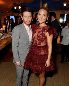 Kevin Connolly and Francesca Dutton have split! Get the inside details here!