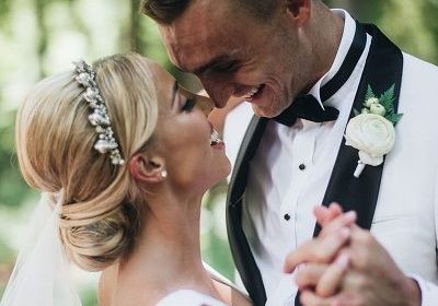 Sam Dekker and Olivia Harlan have hitched! They collected charity instead of receiving wedding gifts and donated at Children's Cancer Family Foundation
