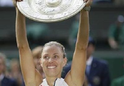 The first German woman to claim Wimbledon Grandslam since 1996, Angelique Kerber!