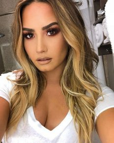 Demi Lovato is in relapse! She is hospitalized for an apparent drug overdose!