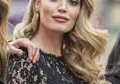 Kitty Spencer, Princess Diana's niece has a close resemblance to her aunt! She stole the limelight during the May royal wedding!