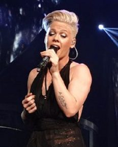Pop star Pink suffered a gastric viral infection and was forced to postpone her concert in Sydney! Her fans are upset and angry!