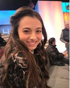 Winner of Romania's Got Talent 2016 and Amazing singer from America's Got Talent 2016-Laura Bretan's successful is outcome of her mother's encouragement!