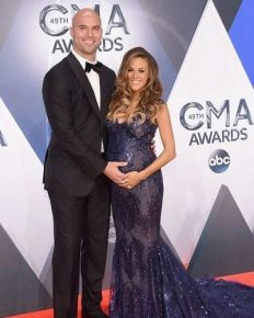 JanaKramer's difficult journey of her pregnancy with her husband, Mike Caussin. Had five miscarriages! Know her after pre-pregnancy