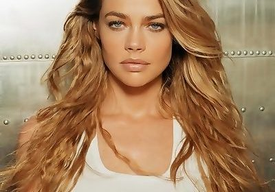 Denise Richards, 47 has got married to her fiance Aaron Phypers in an intimate ceremony in Malibu!