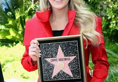 Pregnant Carrie Underwood receives her Hollywood Walk of Fame Star! Know her happy moment here!