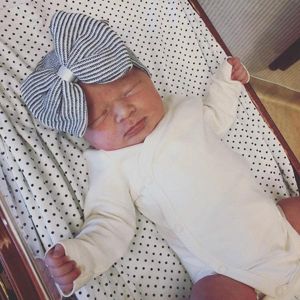 Happy Mama Chelsea Houska shares newborn baby girl pics