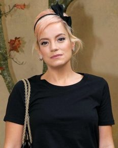 Lily Allen's shocking revelation! She had sex with her father's friend when she was 14!