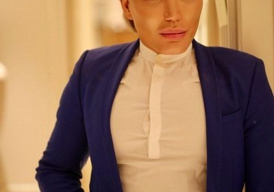 Rodrigo Alves shares some great news! He is dating Italian plastic surgeon Giacomo Urtis Milano!