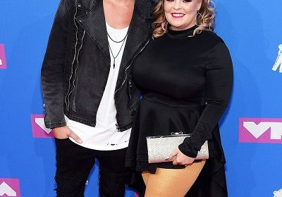 "Teen Mom stars Catelynn Lowell and Tyler Baltierra are expecting a baby girl! Calls to be born baby ""Rainbow baby""!"