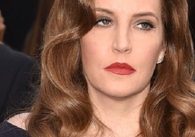 Singer Lisa Marie Presley files for primary physical custody of her twin daughters with ex-husband Michael Lockwood!