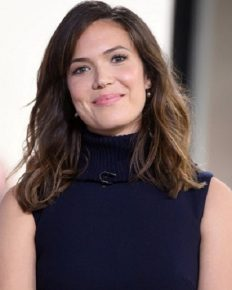 Actress Mandy Moore might have split from her boyfriend Wilmer Valderrama but they continue to be good friends!