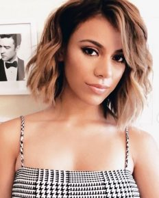 "Growing up in a Large family with a musical environment and building interest in singing since an early age. Explore about the youngest girl from ""Fifth Harmony""-Dinah Jane and her solo career!"