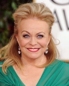 Jacki Weaver reveals that she had Phaechromocytoma and needed surgery for it!