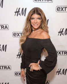 Heartbreaking news! Husband Joe of Teresa Giudice cannot return to the USA to meet his family after deportation to Italy!