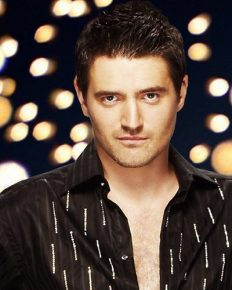 Tom Chambers-the third male winner of Strictly Come Dancing, also an English actor with beautiful married life!
