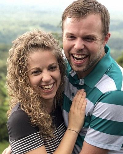 e86b86a8e3 John David Duggar and his girlfriend of four months Abbie Grace Burnett are  married!
