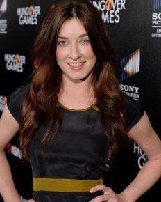 Margo Harshman divorces her husband Austen Hooks!