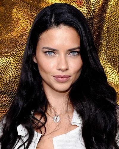 b6be2bbf91 Brazilian supermodel Adriana Lima has split from her Turkish boyfriend  Metin Hara!