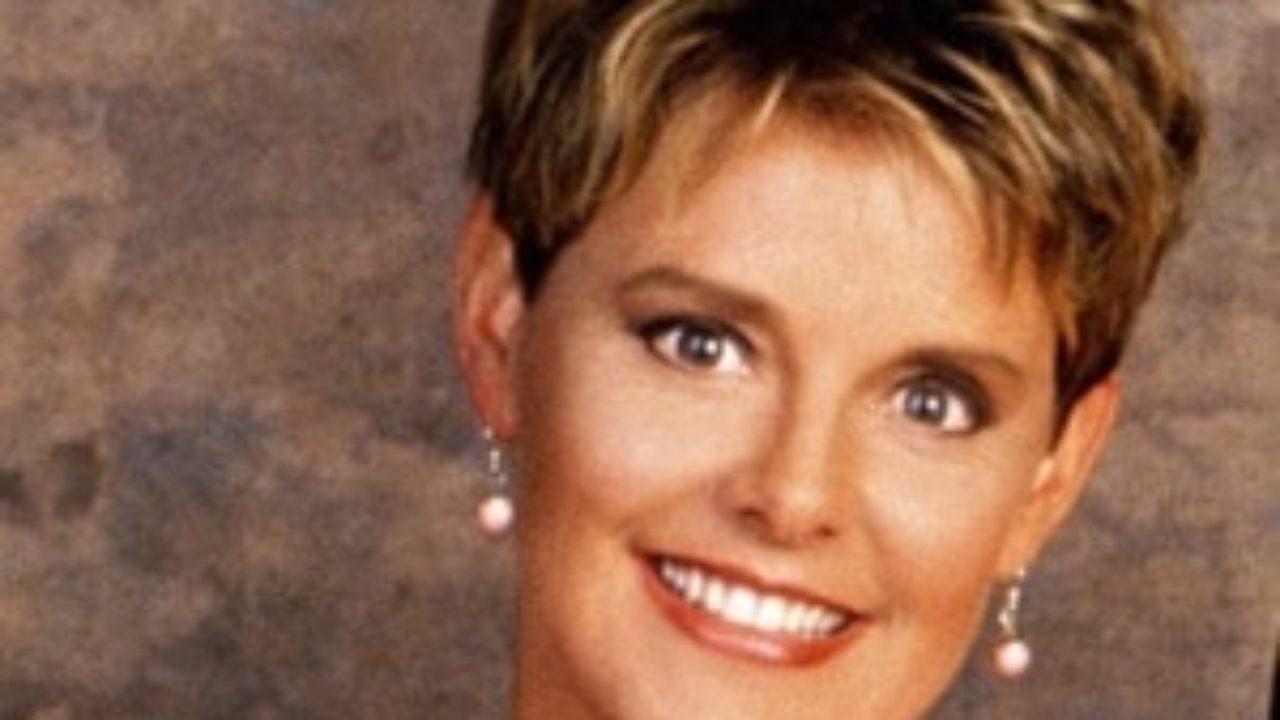 Amanda Bearse Pictures amanda bearse biography - affair, married, husband