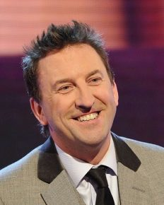 Married life of the comedian, Lee Mack. Know more about his net worth, Lifestyle…