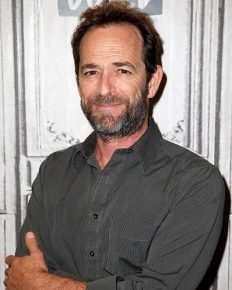 Beverly Hills 90210 star Luke Perry suffers a stroke and is hospitalized!