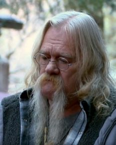 Alaskan Bush People star Billy Brown rushed to hospital for severe pneumonia!  Is it something more sinister?