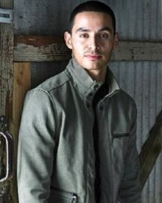 Manny Montana-the loving husband and father. Know about his career and childhood!