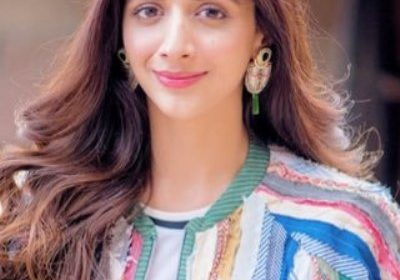 Pakistani model and actress Mawra Hocane is proud of her country's armed forces in dealing with the captured IAF pilot and is shocked at Indian leadership!