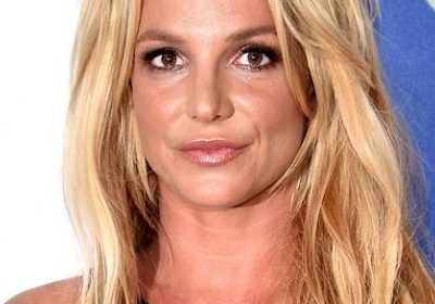 Britney Spears mentally disturbed with her father's serious and non-recovering health issues!  She checks into a mental health facility for 30 days!