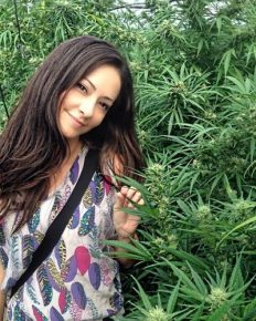 Facts about the career, birth, family, childhood, marriage, and husband of the marijuana consultant of West Hollywood Dr. Dina 'The Real Nancy Botwin'