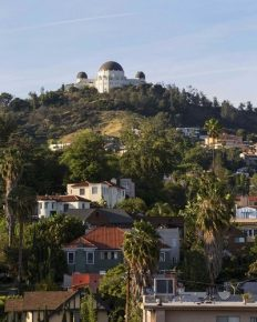 Hollywood Hills homeowners agitated by tour bus drivers and guides coming to their property with tourists!