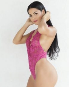 Katya Elise Henry – the self-made fitness model. Know about her mother,  boyfriend, and career!
