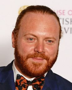 Stand up comedian Keith Lemon reveals his hidden talent of painting and fans are thrilled!