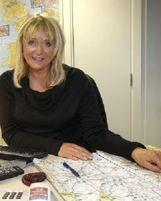 English Radio Traffic reporter-Sally Boazman-who is her husband? Know about her career and traveling!