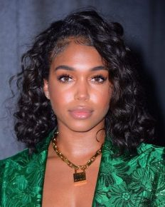 Daughter of Steve Harvey, Lori Harvey in Controversy! Rumors of her dating famous personalities. Trey Songz' accusation