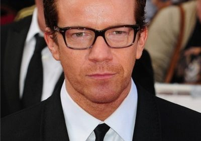 Actor cum musician, Max Beesley-the womanizer-turned husband and father!