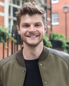 Post-divorce from Tanya Burr, YouTuber Jim Chapman hints of a new relationship and his fans are not happy!