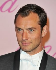The Bad Boy Actor Jude Law marries his psychologist girlfriend of 4 years, Dr. Phillipa Coan in London on 1 May 2019