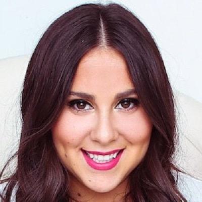 Claudia Oshry
