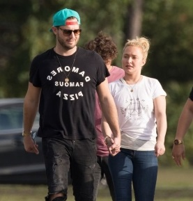 Hayden Panettiere and Boyfriend Brian Hickerson holding hands