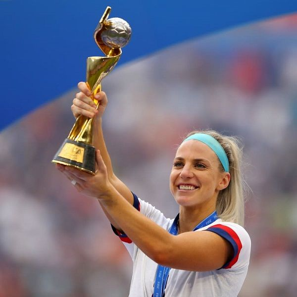 Julie Ertz of the USA celebrates with the FIFA Womens World Cup Trophy
