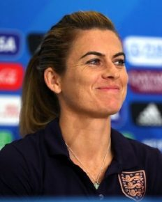 Why did professional footballer Karen Carney took the decision to retire? Know about her partner, net worth and Instagram abuse