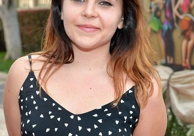 "'When a Man Loves a Woman,' actress Mae Whitman first big splurge after first paycheck of ""Good Girls""! Who is she dating??"