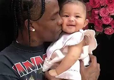 Kylie Jenner and Travis Scott had a lovely playdate on a sweet adventure to the park with their 1-year-old daughter Stormi